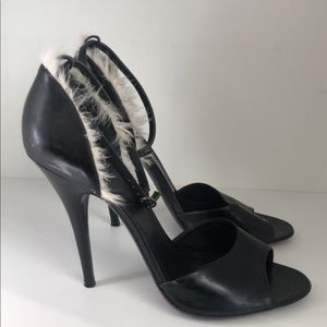 GIVENCHY FEATHER HEELS PRE-LOVED EUR 41